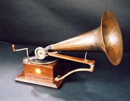2c-gramofon-berliner
